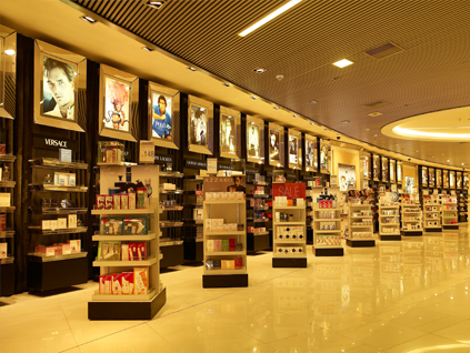 Duty-free shop designing by our finest interior decorators